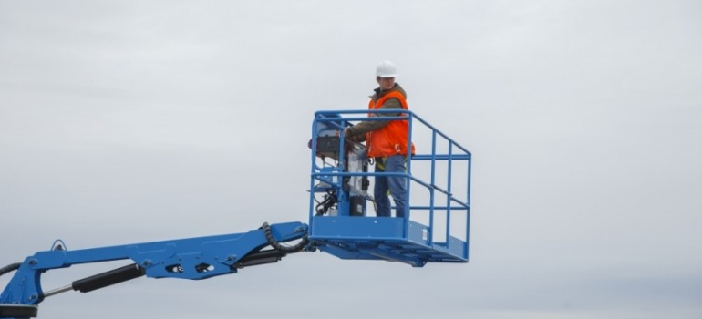 Train-the-Trainer Class for New Aerial Lift Standards